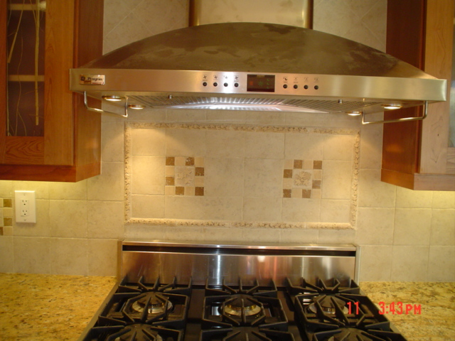 notice the tile bullnose above the cool stove